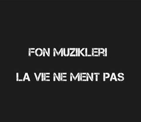th دانلود آهنگ La Vie Ne Ment Past
